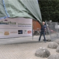 Proostmoment bouw paviljoen en onthulling bouwdoek